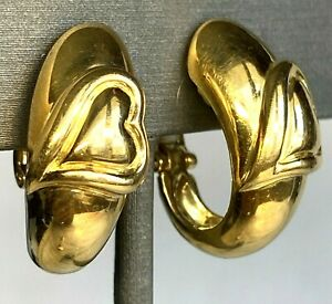 Boucheron 18K Yellow Gold Clip-On Half-Hoop Melting Heart Fluted Huggie Earrings