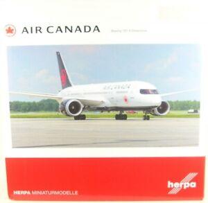 Boeing 787-8 Dreamliner Air Canada - New Colors 2017 ( Reg. C-Ghpq)