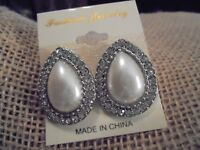 "PEARL OVAL W/RHINESTONES PIERCED EARRINGS 1"" SILVER TONE"
