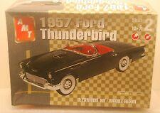 AMT 1957 Ford Thunderbird 1:25 Model Kit