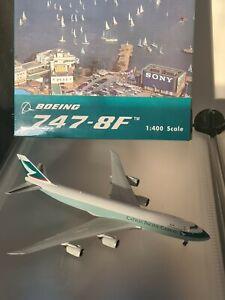 Cathay Pacific Cargo Boeing 747-8F Phoenix  1/400