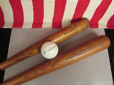 Vintage Mickey Mantle paire de bois des Battes de base-ball & Playground Ball h&b Hillcrest