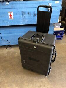 Pelican 1620 Protector Case Black Hard Rolling Travel Case Foam Filled