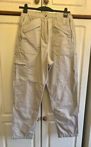 Regatta Professional Cream/Beige Walking Trousers - Size 12 - Waterproof