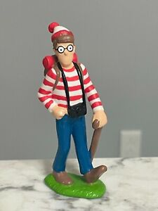 "Vintage 1990 Applause Where's Waldo? Hiking Waldo PVC Figure 3.5"""