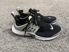 EUC Older Boys Girls Black & White Nike Air Presto Trainers Size 5.5 EU 38.5