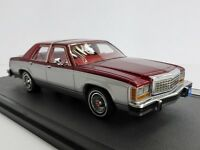 Ford Ltd Crown Victoria Plata/Rojo 1986 Sedan 1/43 Matrix MX20603-402 MX 20603