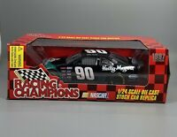 World Tour 2000 Darrell Waltrip #66 Racing Champions 1:24 Diecast NASCAR Replica