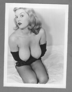 Paula Page 1950`s Vintage ORIGINAL Fiber base, Silver gelatin 4x5 photograph.