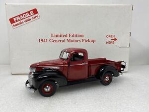 1/24 Danbury Mint 1941 General Motors Limited Edition Pickup Red Black READ ME