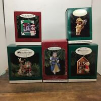 Vintage Hallmark Christmas Ornaments Collectors Club Five Keepsake Ornaments