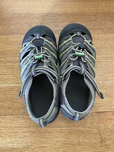 Keen Boys' Grey and Green Waterproof Sandal Shoes Size 5