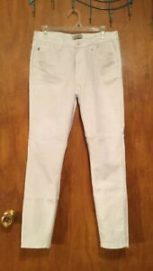 NWOT JUDY BLUE Skinny Fit Mid Rise White Denim Stretch Jeans 11/30
