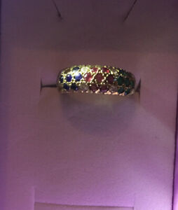 18ct Gold Gypsy Set Jewelled Ring Size K