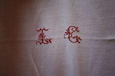 Nappe N°23 ancienne en  fil de lin  165 x 140 cm liteaux monogramme central