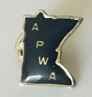 APWA American Public Works Association Minnesota Pin Badge Rare Vintage (L42)