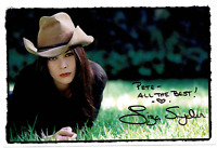 Liza Snyder signed autographed photo! RARE! AMCo Authenticated!