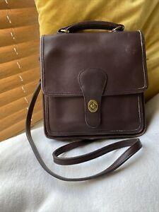Coach Vintage 90's Wills Station Dark Brown Leather Turn Lock Crossbody Bag 5130