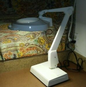 Dazor 8MC-100 Floating Fixture Magnifying Desk Table Lamp USA