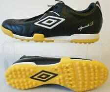 Umbro Speciali R Cup Astro Football Shoes UK 9 T466