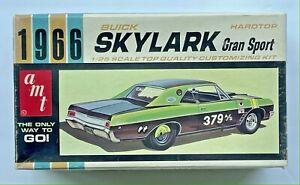 1966 Buick Skylark Hardtop Kit 1/25 amt 6566-150 BUILT