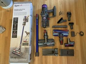 Dyson v11 Absolute pro with Torque Drive Cordless stick Vacuum Cleaner
