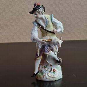 Porzellan Figur - Manufaktur Dresden -Schäfer mit Lamm, guter/sehr guter Zustand