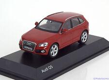 1:43 Schuco Audi Q5 2013 redmetallic