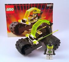 6851 LEGO Space Blacktron II Tri-Wheeled Tyrax 100% complete with instructions