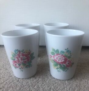 CATH KIDSTON Vintage Spray Flowers Melamine Hard Plastic Cups Beakers Set of 4