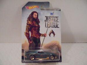 Hot Wheels DC Justice League Aquaman Blvd. Bruiser Diecast Car 5/7 Collectible
