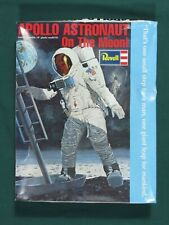 Apollo Astronaut on the Moon + New Ware Nwd003 Decals Revell