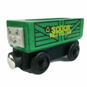 RECYCLING TRUCK ENGINE & FRIENDS WOODEN TOY TRAIN MAGNETIC BRIO COMPATIBLE UKGT
