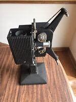 Eastman Kodak Co. - Kodascope Model# EE Series II Movie 16mm Projector WORKS!