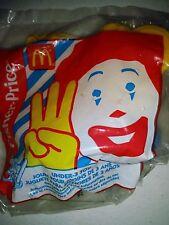 2001 Fisher Price McDonalds Happy Meal Under 3 Toy Grimace/Hamburglar in Car b67