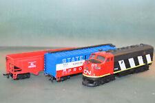 CN diesel locomotive, w/ box and hopper cars - HO scale, Bachmann