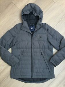 MENS GREY NIKE DUCK DOWN QUILTED JACKET, SIZE M