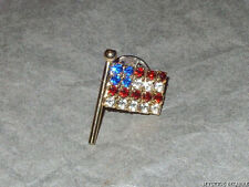 VINTAGE 70'S GOLD TONE CRYSTAL STARS & STRIPES AMERICAN FLAG TAC PIN