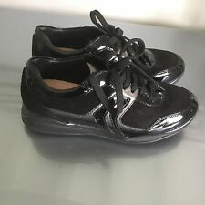 Chaussure basket fille GEOX P 35 comme neuve