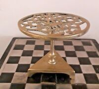 "Antique Brass Tilting Trivet Stand on Tri-Angular Base ""Home Sweet Home"" Rg44280"