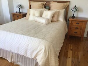 Sheridan bedroom quilt set