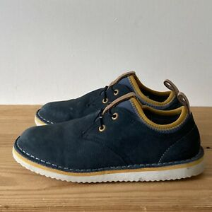 Clarks shoes size 12.5 G wide fit navy blue yellow elastic laces air light boots