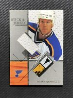 2003-04 ITG USED SIGNATURE SERIES CHRIS PRONGER GAME-USED STICK JERSEY #SJ-6