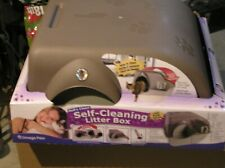 NIB self-cleaning litter box-Omega Paw