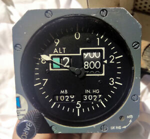 BOEING PRESSURE ALTIMETER 10-61802-4  PART NO B0063 81108