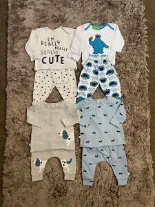 BABY BOYS 0-3 MONTHS BUNDLE, PYJAMAS, LEGGINGS, JEANS, NEXT ETC COMBINE POST