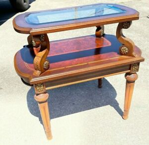 Lovely Beveled Glass Top End Table with Wood Inlay