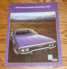 Original 1971 Plymouth Satellite Road Runner GTX Sales Brochure 71