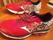 LIKE-NEW 2016 PEACHTREE ROAD RACE SHOES (Mizuno Wave Rider 19 size 8.5) + HATS!