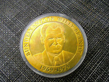 * Médaille plaqué Or * willy BRANDT